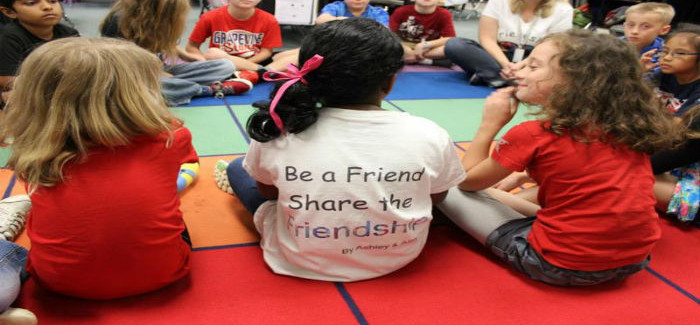 Grapevine Elementary Students Provide New Links to Kindness