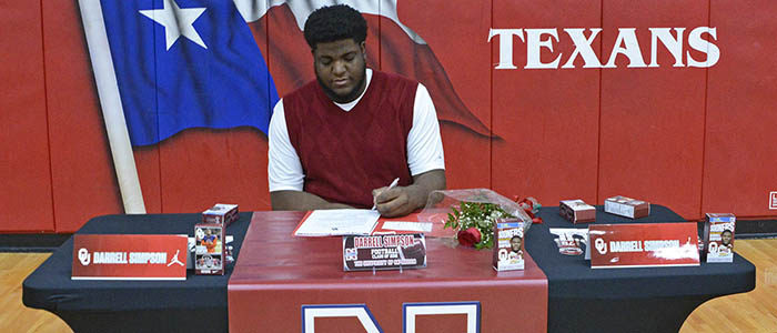 Northwest's Darrell Simpson signs to play football at Oklahoma
