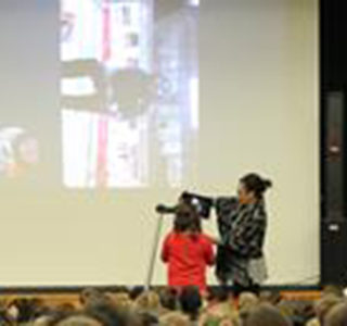 GCISD: Students Skype with Olympic Commentator Lewis Johnson