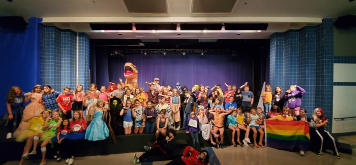 "KELLER HIGH FEEDER PATTERN PARTICIPATES IN ""DRAMACON"""