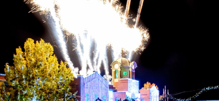 THE 32ND ANNUAL CAROL OF LIGHTS SHOW LIGHTS UP DOWNTOWN GRAPEVINE
